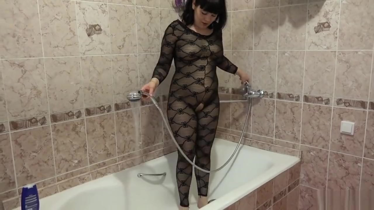Young brunette masturbates in the bathroom Observership program in florida