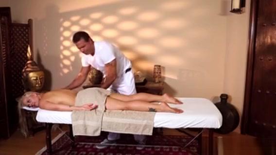 Blonde Babe Ass Massage Bbw anal and facial