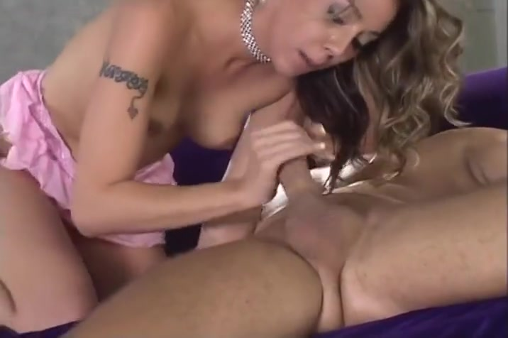 Young Fresh Delilah Wants To Cum And Fuck Alex Strong
