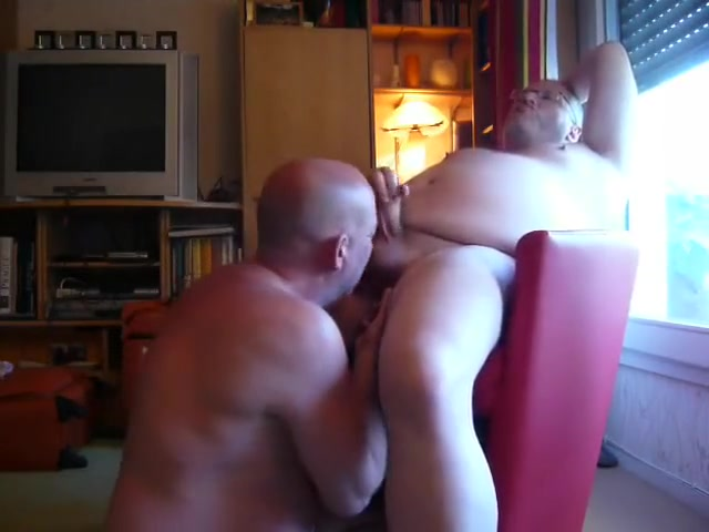 daddy bears sucking cumming round belly and uncut cock How to become alpha
