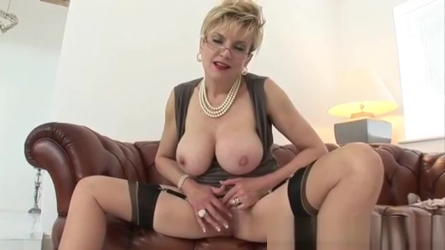 Lady sonia average girls with big boobs