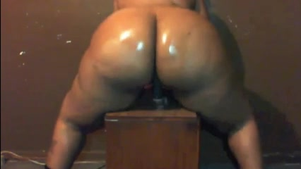 Big Bitch Riding Fake Dick Free softcore video clips
