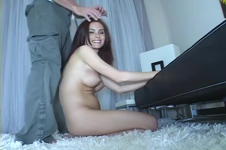 Ginger Lea Gives Blindfolded Blowjob Charming babe thrills lusty dude with anal riding