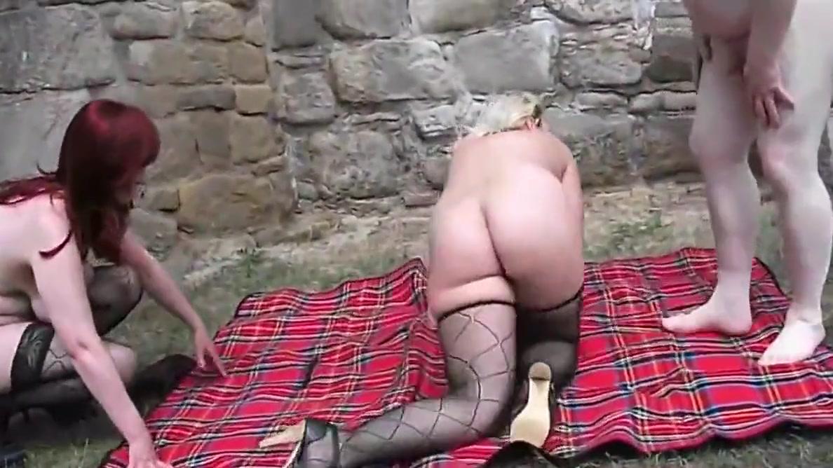 mein geile blass maus Big mature asian tits get sucked