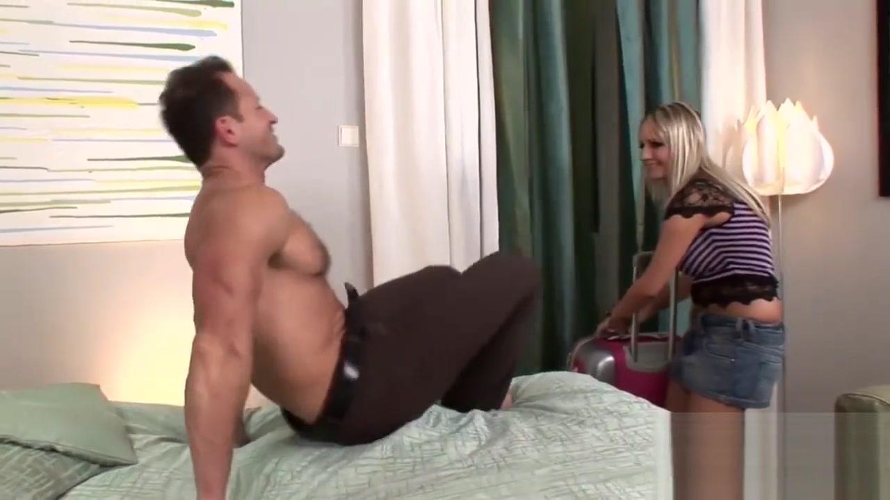 Stacked blonde bombshell rides a big cock gay bear fuck porn