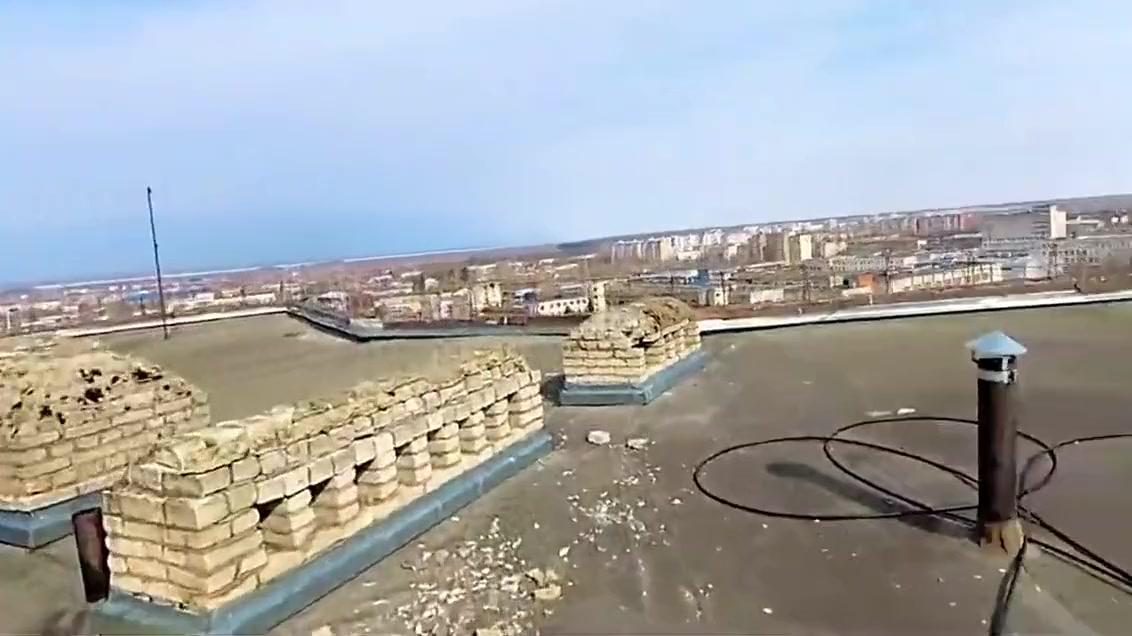 Um modelo iniciante de uma cidade russa é fodida no telhado de um albergue estudantil comigo Free woman sex videos