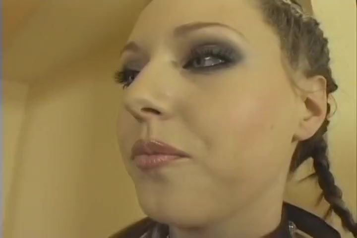 Horny Slut On A Leash Gets Fucked Hardcore Xvideo kinzie pantyhose interview