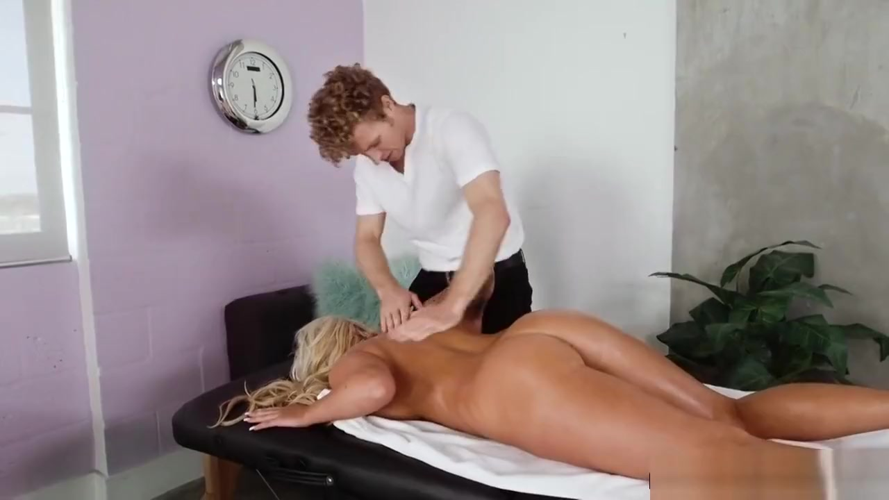 Michael Vegas drilling Boss Brandi Baes pussy yong gujarati desi item girl nude chut nangi photos 4