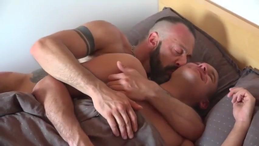 Bears gangbang In The Sun Drunk stripper women porn