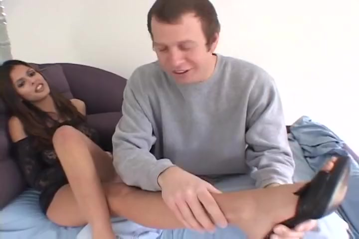 Shy Love Takes Cock Till He Explodes Anal orgy party