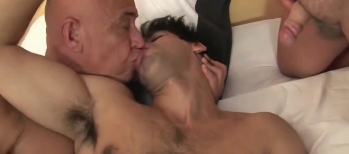 No title- 10 ,cut 2 (#dad #grandpa #old man) totally free casual sex contact sites