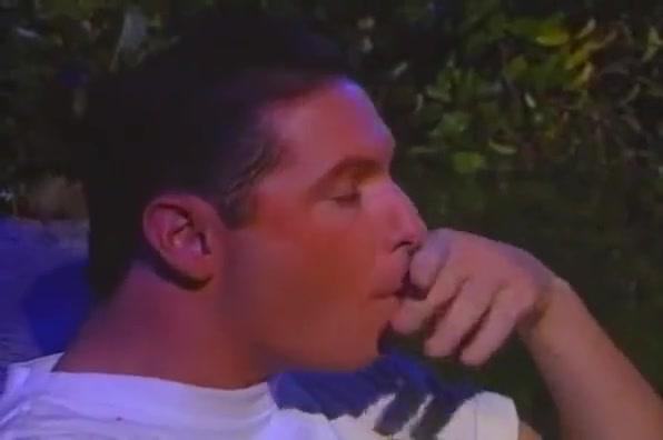 Gay fuck in a park Dubuque singles