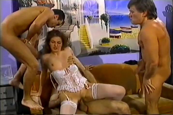 Carolina Gets Pounded In All Three Holes By Three Men ana beatriz barros nude