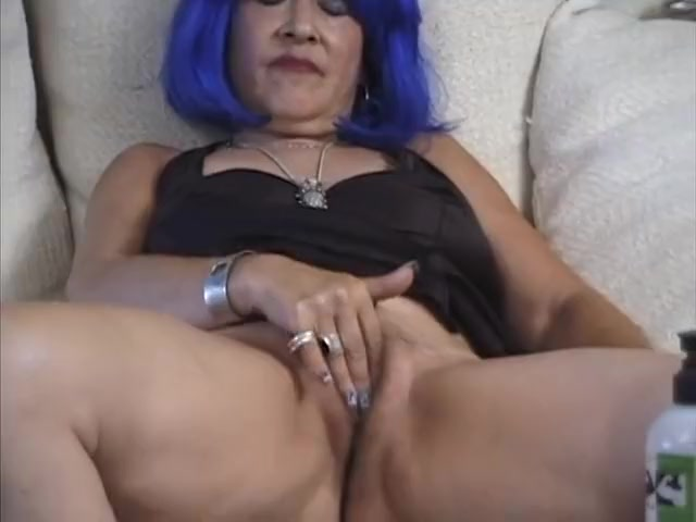 Horny mature fucked hard by a stiff younger cock How to tell him you like him