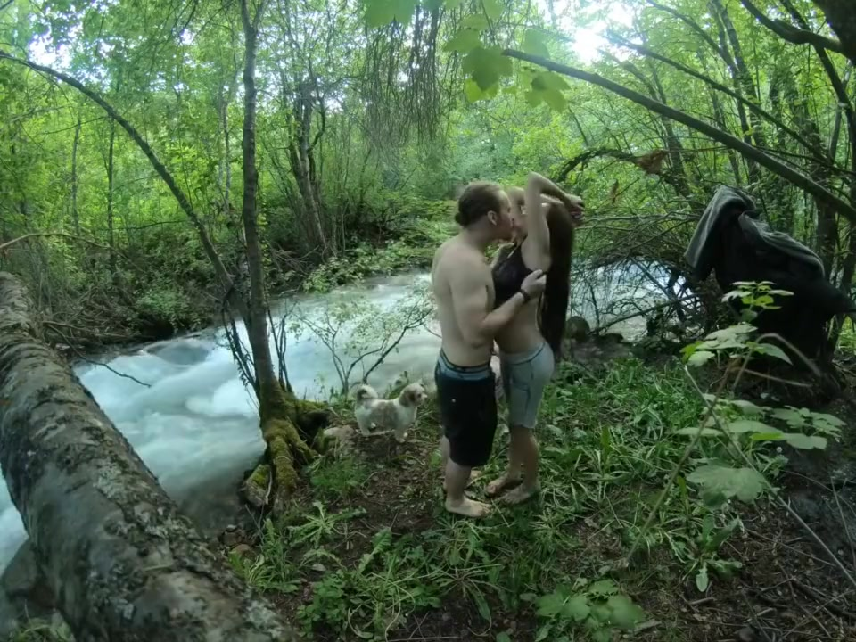 Fucking my sexy tinder date in nature and almost getting caught repeatedly housewife in photo scandal
