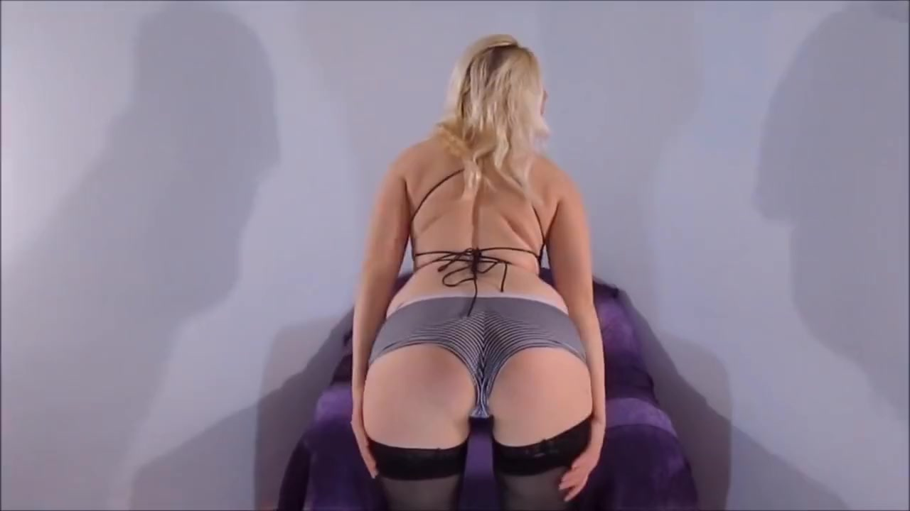 Horny Blonde Sexy Milf Squirting While Fingers Play With Wet Pussy Facesitting lesbian domination