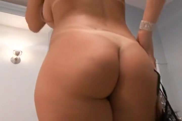 Busty Blonde Nikki Rio Gets Her Pussy Filled Sixs Sister And Brother
