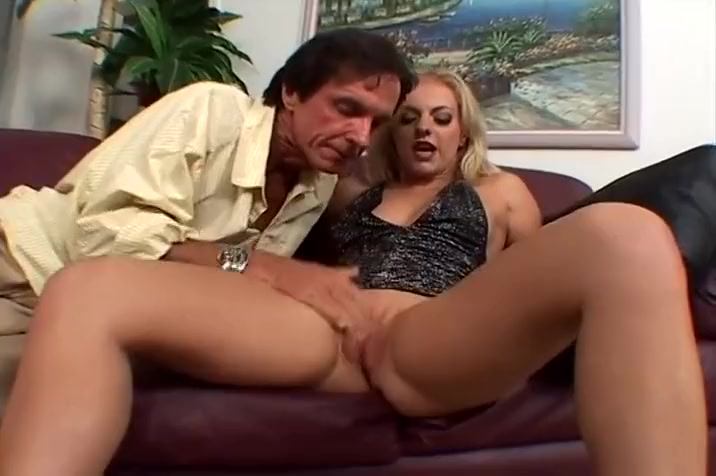Hot Blonde Gets Throat Fucked