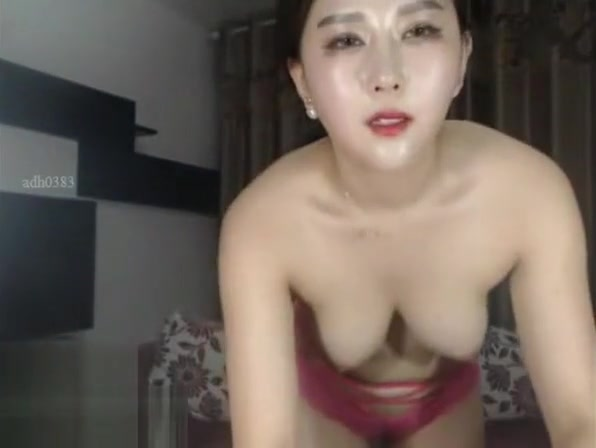 Sexy Korean creams her pussy Ccg data analyst