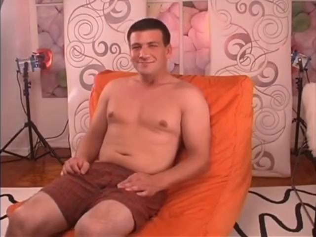 beefy straight guy with long thick cock was blown on first time Italian Sex Hd