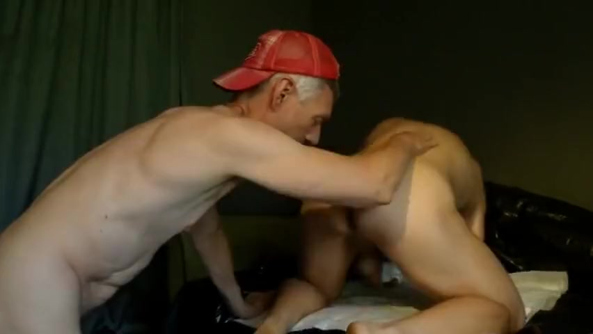 SpermaFF fisted by Zambezy. Doggy missionary fisting Crazy amateur porn video