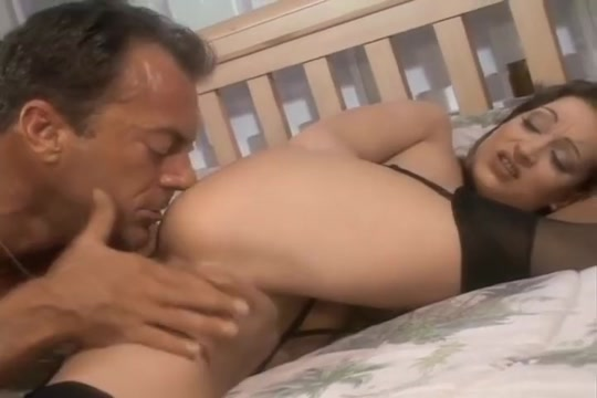 Women Takes A Deep Load Into Her Mouth Madhuri dixitnude porn pics
