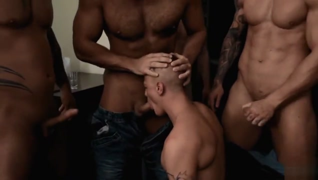 Bromo Train Bang &ndash Jerome, Tomm, Roman, Rudy Valentino & Luke Ward beautiful milf hardcore threesome
