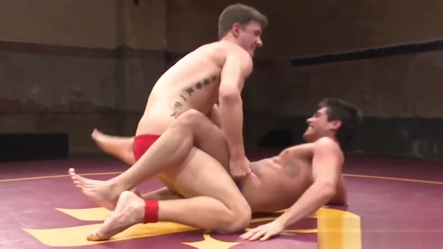 Ripped wrestling hunks rimming ass in closeup Bonnie rotten lesbian gangbang