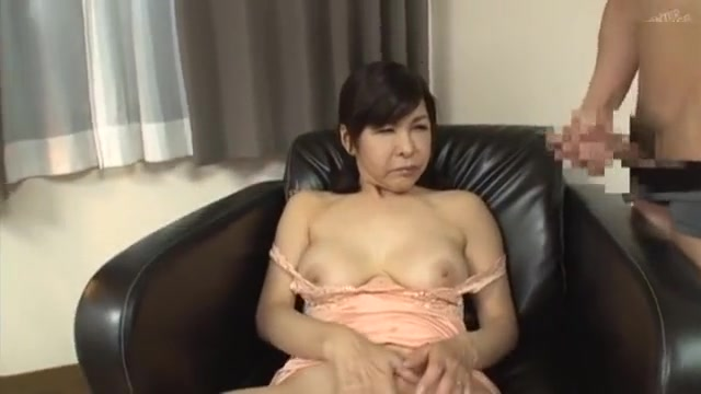 49 yrd pt.2 huge dick in a tight milf pussy photo 1