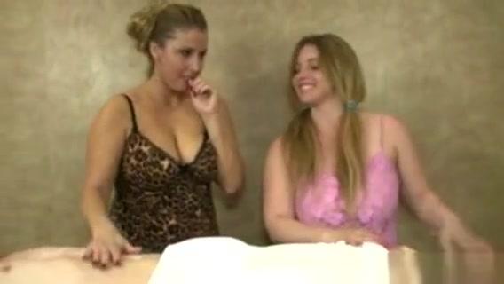 Mature Handjob Lovers Jerking Lucky Guys Dick lesbian scene german films