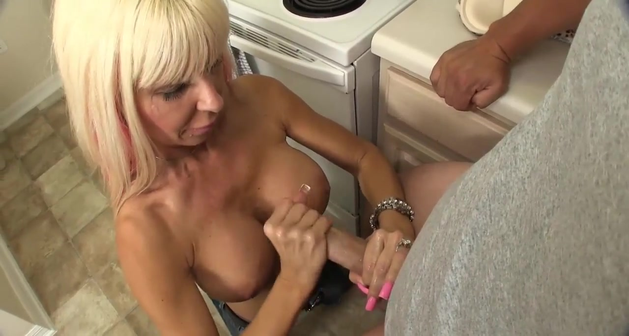 Milf Handjob Too big tits blog