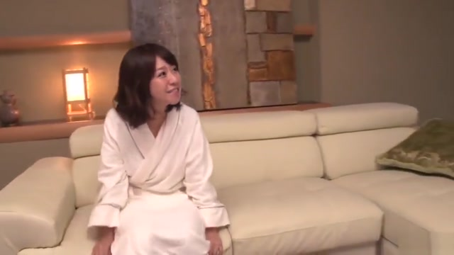 Milf in heats Wakaba Onoue amazing sex in bedroom with son Milf holding tits cum
