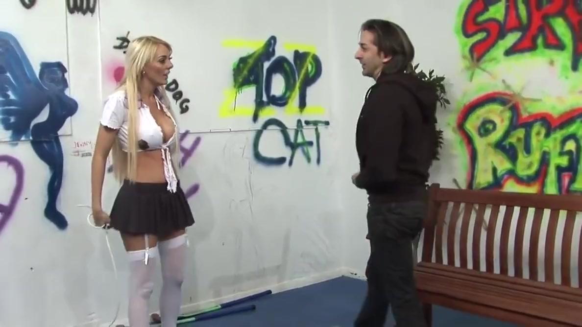 Big boobs Stacey Saran loves having a stiff pecker touring her sughar walls