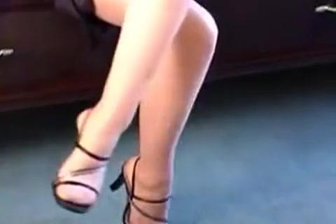 sexy blonde girl flashing Men fucking women with std porn