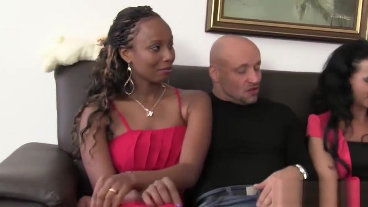 Super hot ebony babe fucked in amateur German group bang Free gallery pissing video