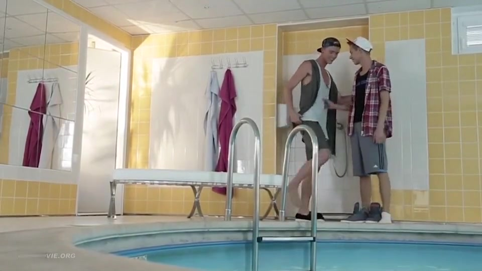Lets Play With Kris Blent - Fun In The Pool Wife swapping for sex in Canas