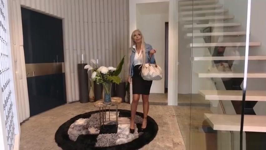 Nina Elle stopped Lexis boyfriend in his track Black Mom Mature Porn