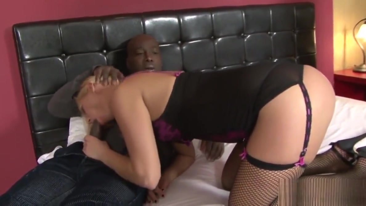 Cuck Helps Wife Linda Ray Take Anal BBC free high movie porn quality