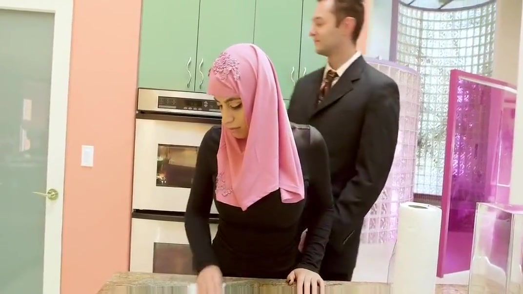 FamilyStrokes - Pakistani Wife Rides Cock In Hijab raven black big ass