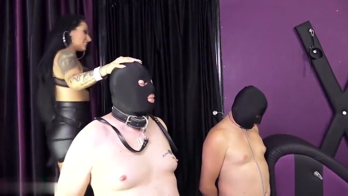 Best slave gets the strapon Busty milf holly halston gets fucked