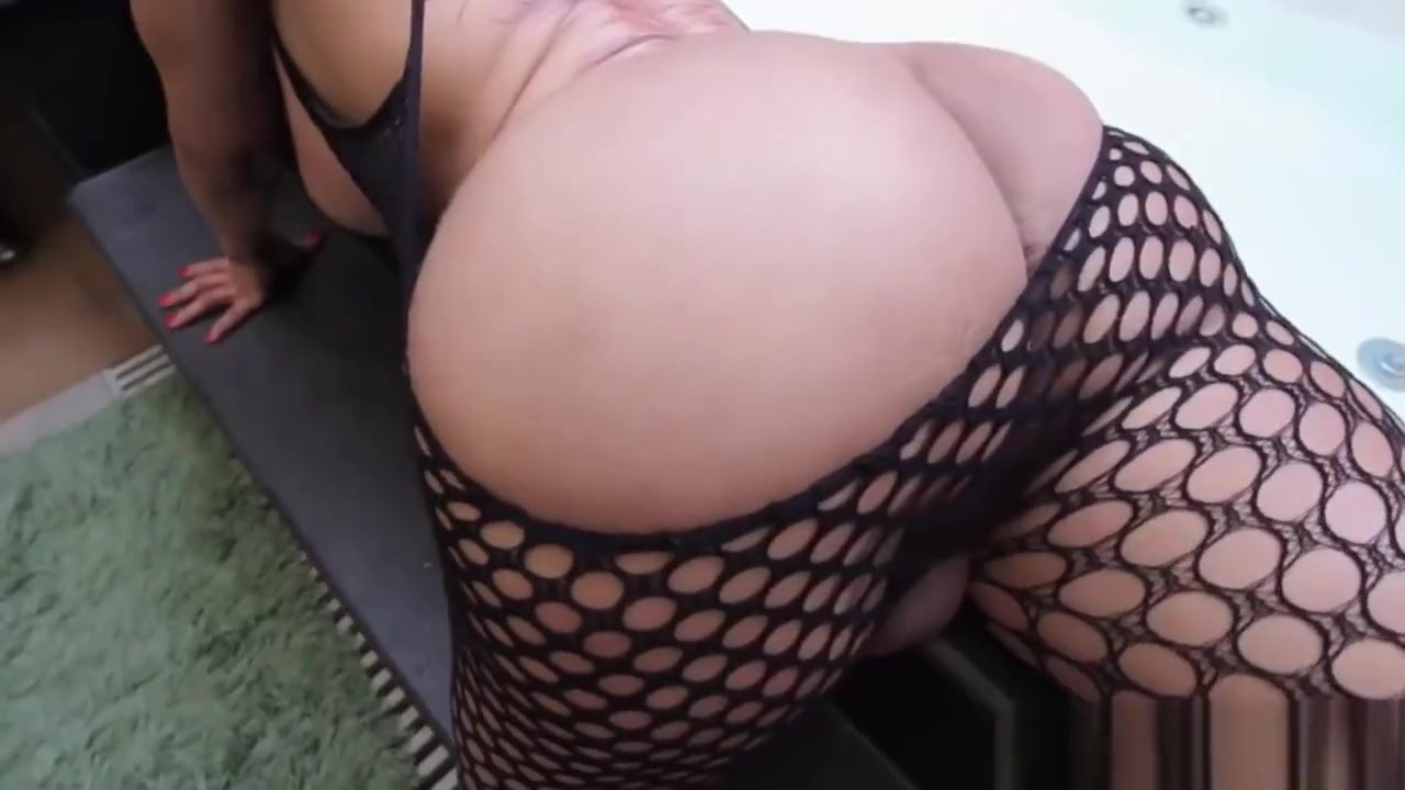 Bigass latina tgirl wanking off Lesbian babes play with toys