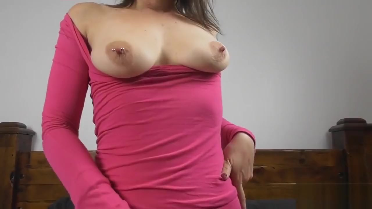 Pawg tinder slut twerks on cock POV - Princess Poppy sexy girls from playboy