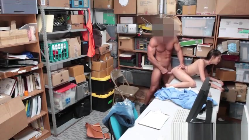 Shoplifter Carolina Sweets Hammered By The Officer the naked kitchen ost