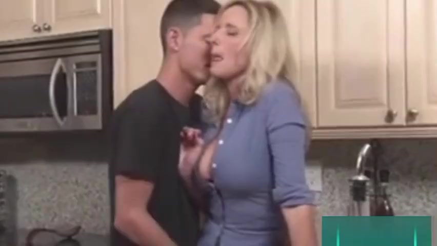 Mom, I want your hot pussy for breakfast resident evil naked chick