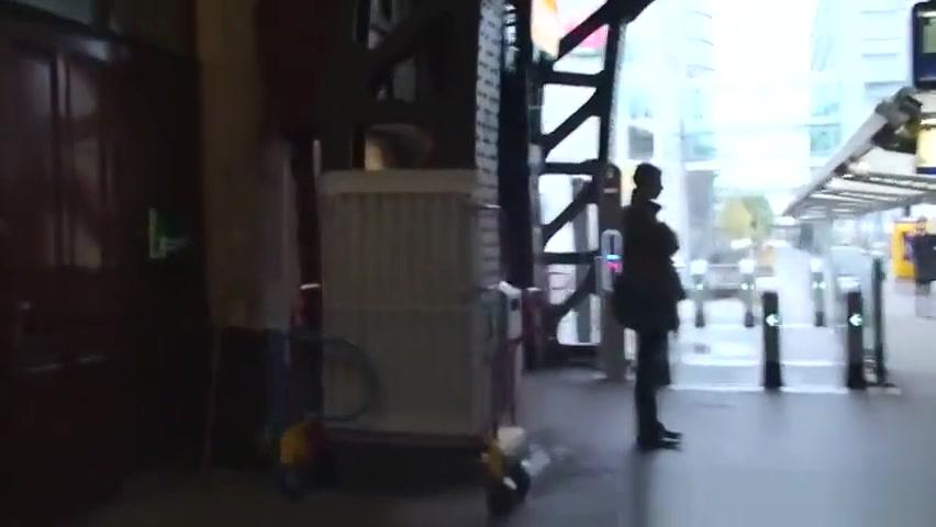 Black amsterdam prostitute handles white guys cock