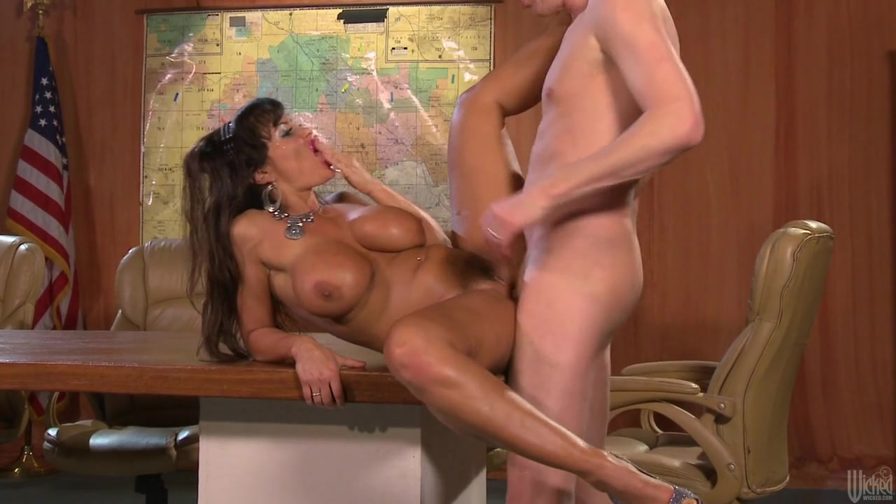 Lisa Ann In Busty Invaders From Mars, Scene 3 spanish nympho ready for
