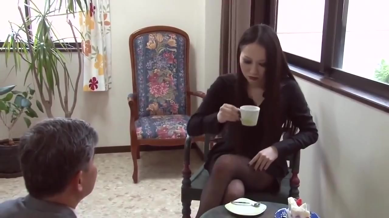 Who is she? Japanese Femdom domina bdsm jav japan asian