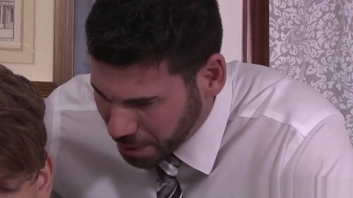 Boss Man Billy Santoro Seduces Straight Employee Pkavya madhavqn big boobs
