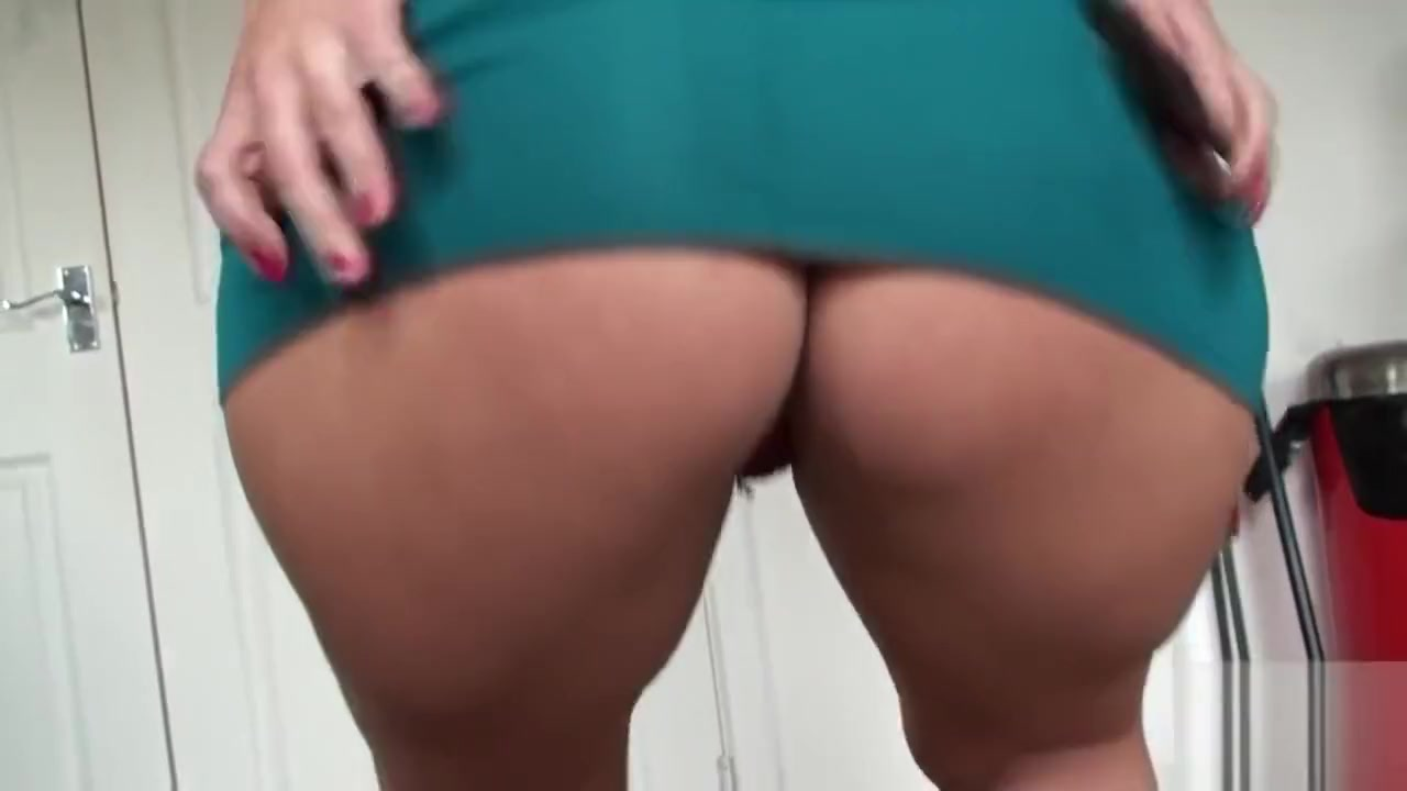 Big ass mature submissive finger fucked Whie women naked with big asses