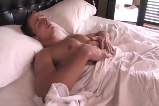 Marcus Mojo - Dildo in bed Pic sex girl afghan